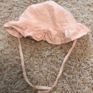 H & M baby bonnet